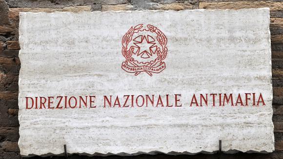 Mondialisation criminelle: les mafias italiennes plus puissantes que jamais ?