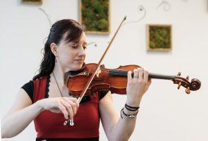 Émilie Bélanger: aimer le prochain par la musique