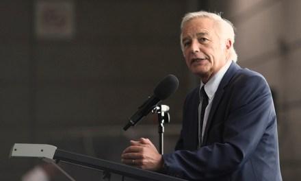 Primaire à gauche : Rebsamen hésite entre Valls et Peillon