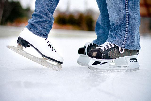 Toulouse : la patinoire revient place du Capitole !