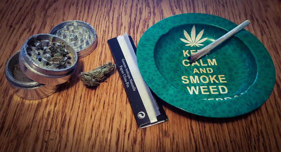 Pourquoi les accessoires pour fumeurs de cannabis sont-ils vendus en boutique ?