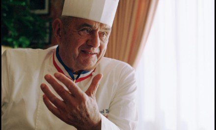 Infographie : Paul Bocuse décédé, le «pape de la gastronomie» en 5 recettes cultes