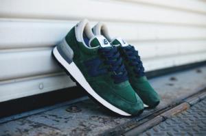 th_new-balance-990-blue-green-06