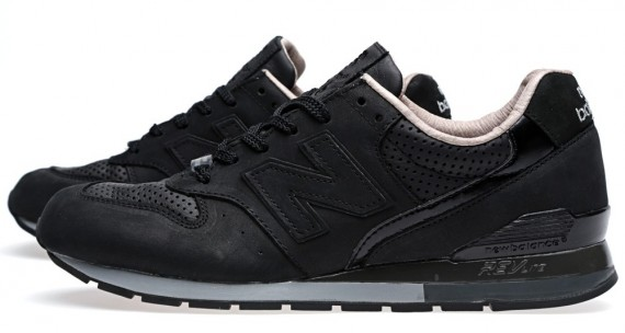 tomorrow-land-new-balance-996-revlite-03-570x304