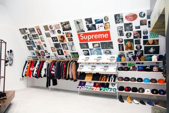 supreme-for-dover-street-market-new-york-t-shirt-2