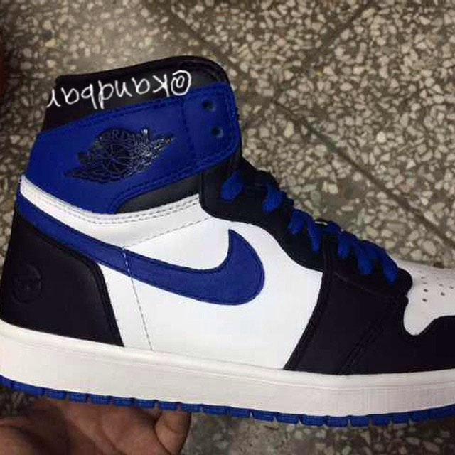 gragment-design-air-jordan-i-1-black-blue-01(1)