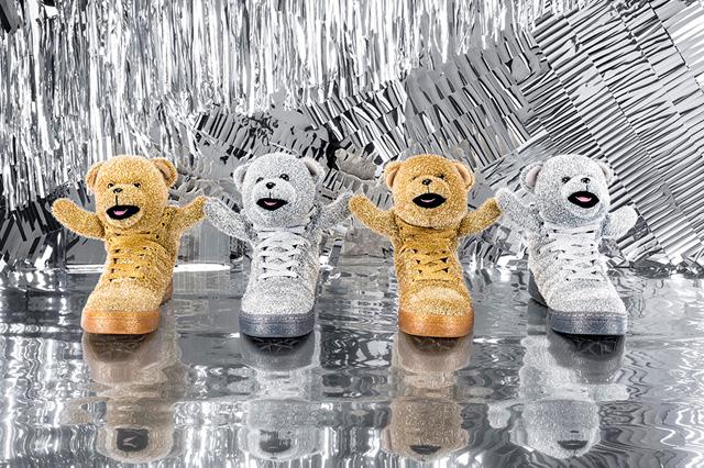 53cd0__jeremy-scott-adidas-originals-holiday-bears-2