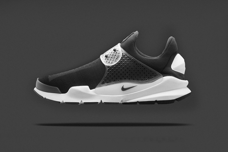 a_first_look_at_the_fragment_design_x_nike_sock_dart_black_1