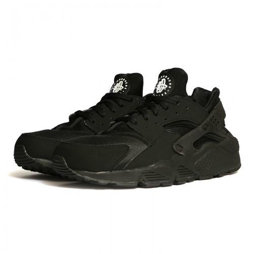 Nike-Air-Huarache-Triple-Black-1-2