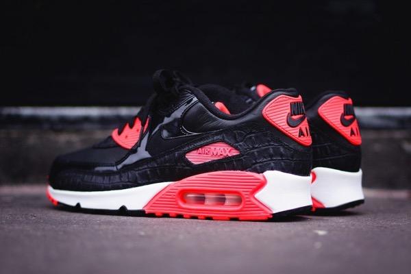 Nike-Air-Max-90-Croc-Infrared-2015-03-930x620