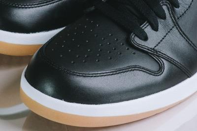 Air-Jordan-1.5-The-Return-Snakeskin-Black-Gum-5