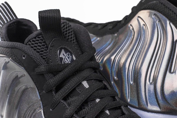 nike-air-foamposite-one-holoposite-1