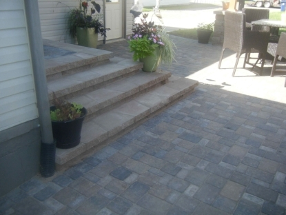 Paver Patio Steps – Leading Edge Landscapes | Paver Patio Steps Designs | Retaining Wall Pergola | Landscaping | Building | Easy Diy | Stair