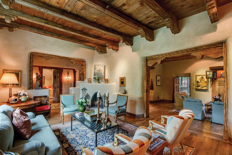 Santa Fe Style Interior