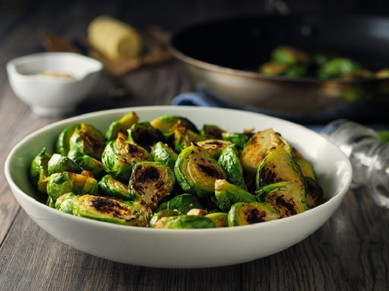 crispy brussels sprouts chips with garlic aioli recipes