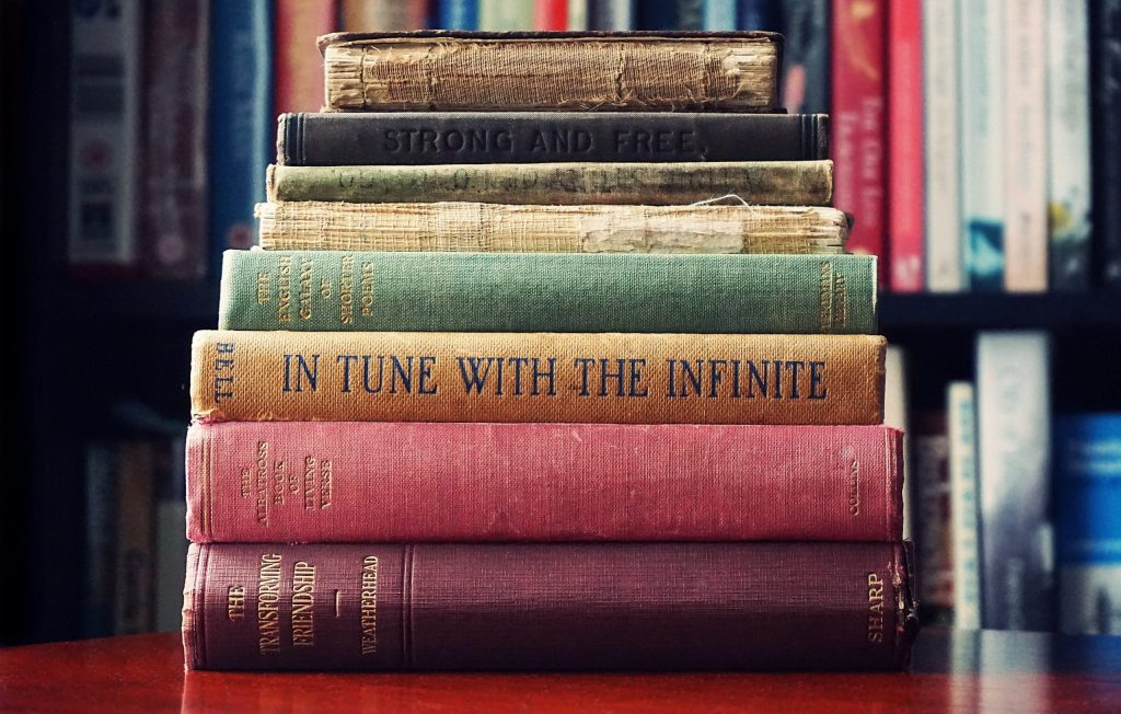 pile-of-assorted-title-book-lot-selective-focus-photographt-1130980 (1)