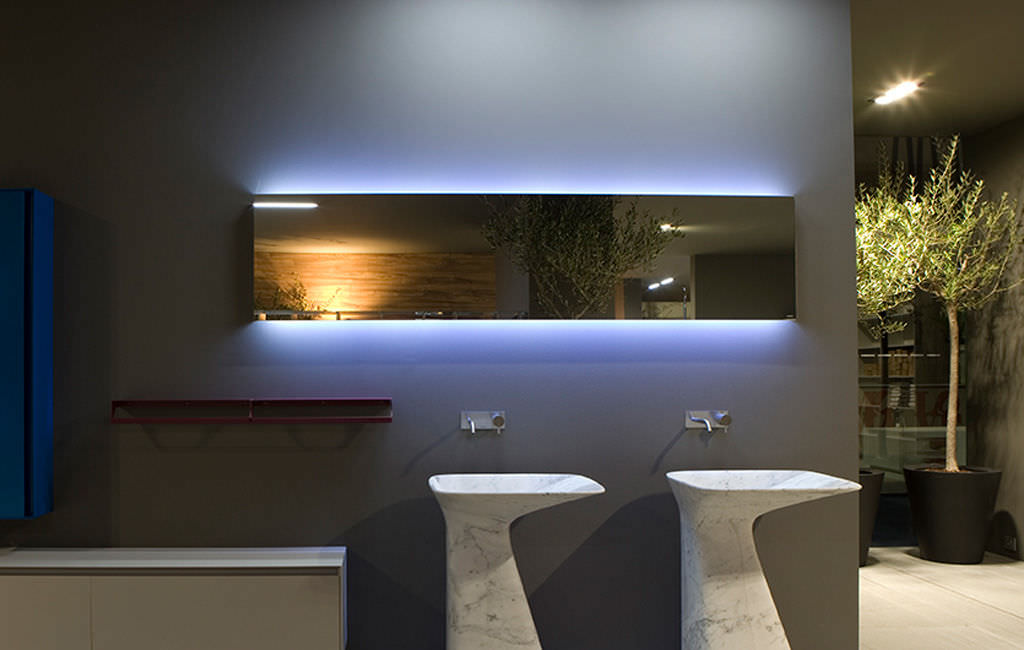 Why Is LED Bathroom Mirror Preferable Over Normal Mirror