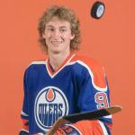 Wayne Gretzky to Become Hockey Analyst