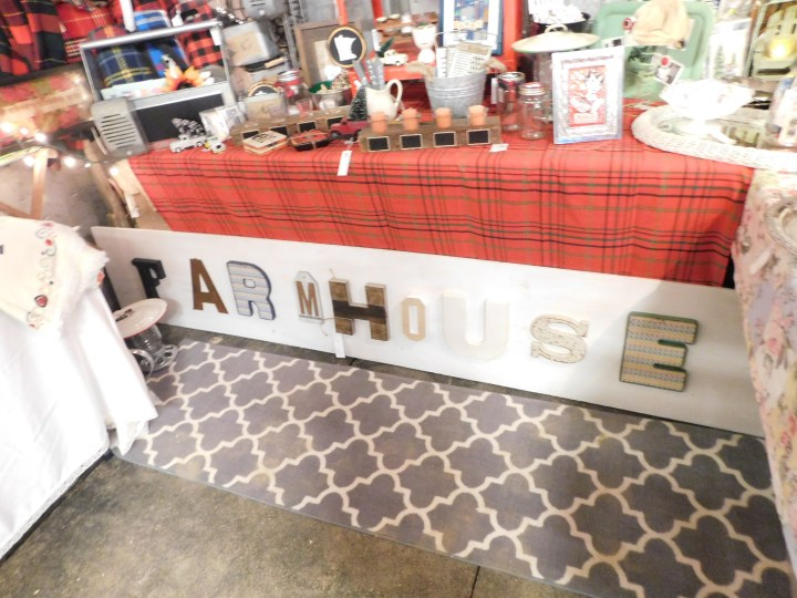 Farmhouse large sign Running Aces Lucille's DIY home decor