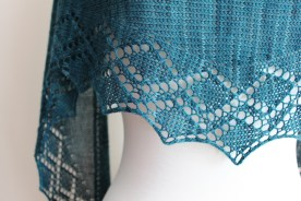 Zigzag Diamond Shawl