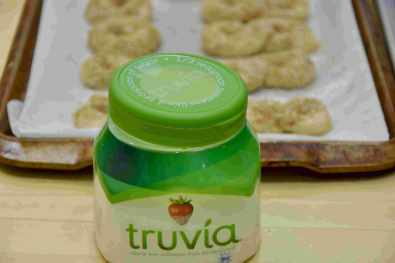 I use Truvia by Silver Spoon
