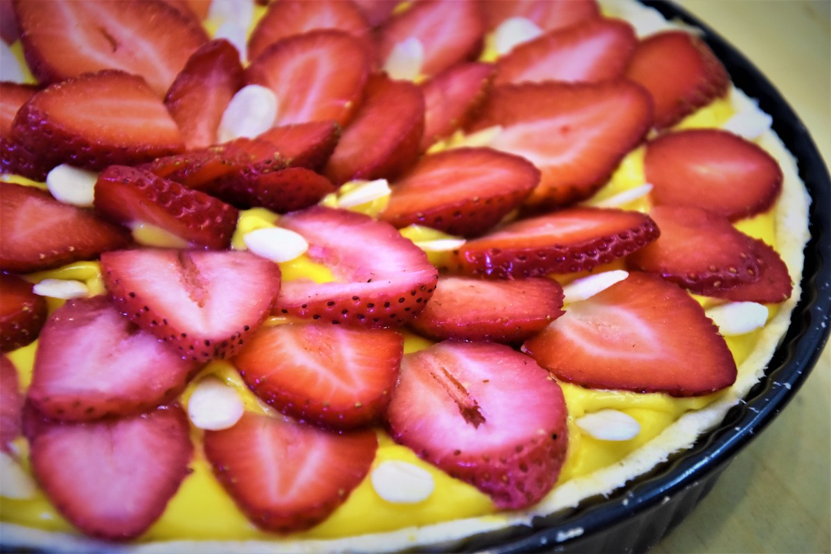 Strawberry Almond Custard Tart using Goats Milk