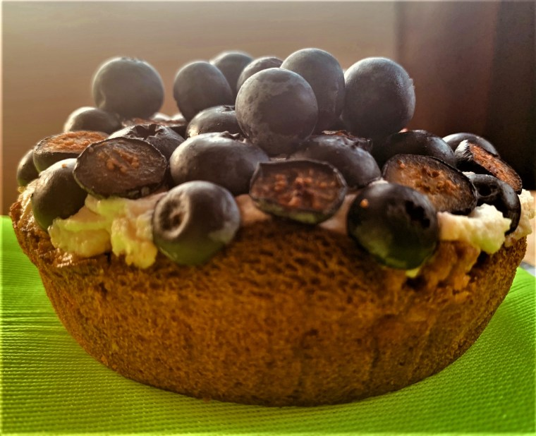 blueberry frangipan cheesecase