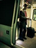 phone-man-metro-1a