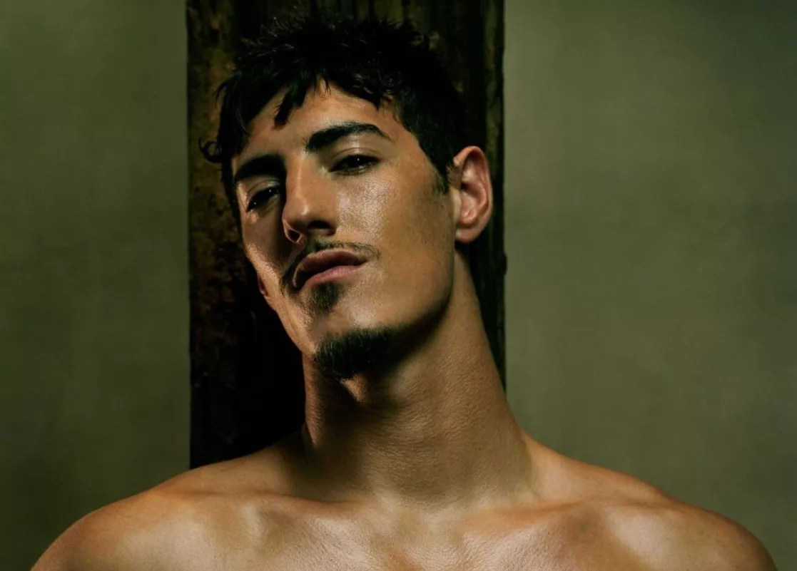 Watch Online    Eric Balfour Sexy Naked Photos – EXPOSED!