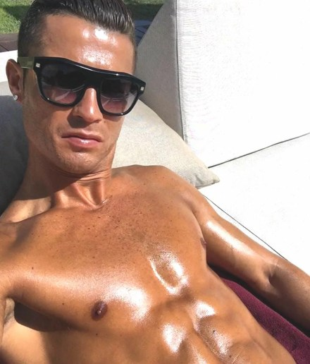 Watch Online    Cristiano Ronaldo Nude Pics, Videos & Leaked NSFW!