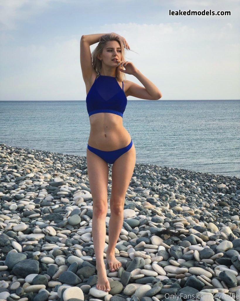 Eva Elfie – evaelfie Onlyfans Leaks (74 photos + 5 videos)