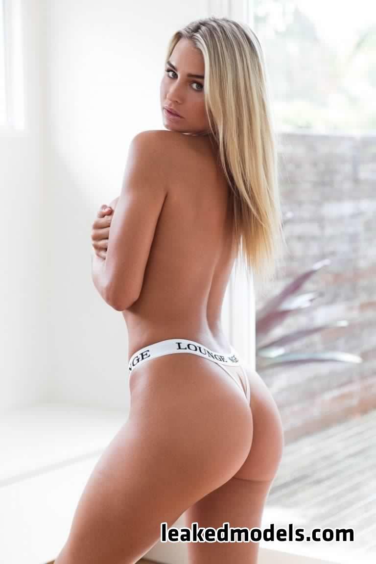 madison edwards   madi edwards leaked nude leakedmodels.com 0019 - Madison Edwards – madi_edwards Instagram Nude Leaks (25 Photos)