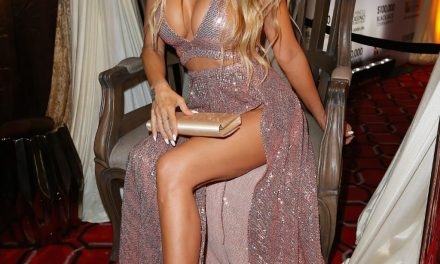 Watch Latest Carmen Electra Cleavage – Nude Celebs Images