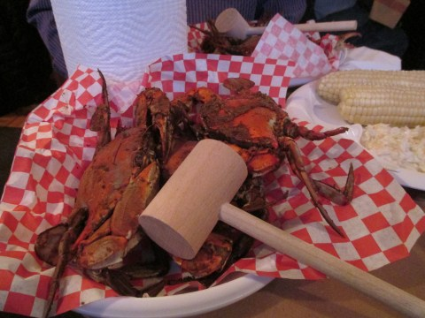 You get as much crab as you can eat (tell me it's not paradise)