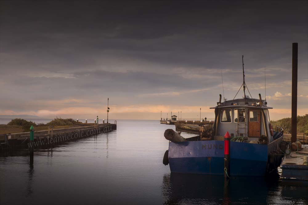 mordialloc-marina-boat-morning