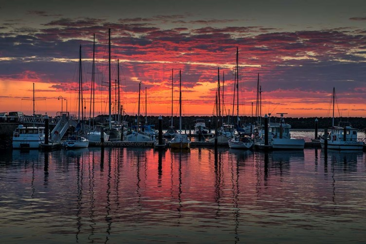 apollo-bay-sunrise-boats-harbour