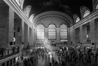 new-york-grand-central-monochrome
