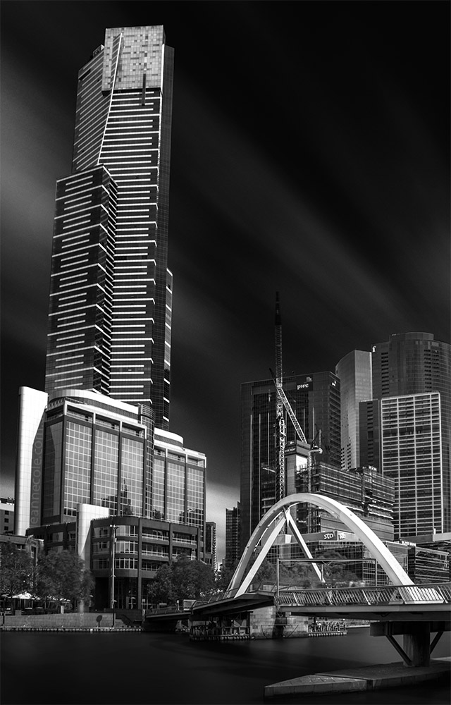 long-exposure-southbank-eureka-melbourne-monochrome