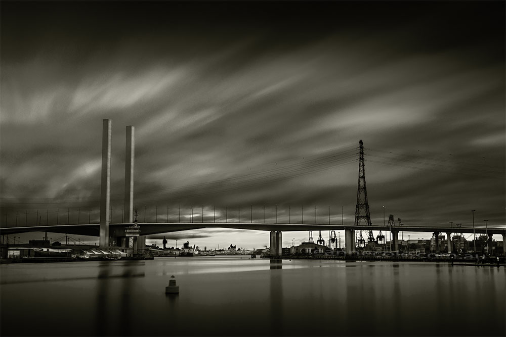 docklands-boltebridge-monochrome-melbourne-longexposure