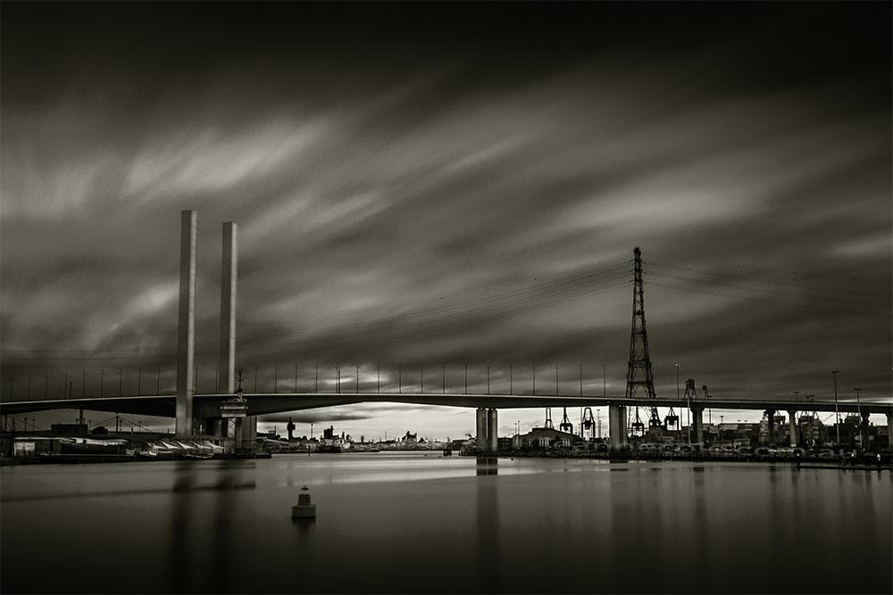 docklands-boltebridge-monochrome-melbourne-longexposure