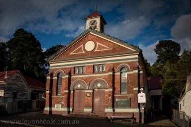 queenstown-streets-mining-mountains-tasmania-2237