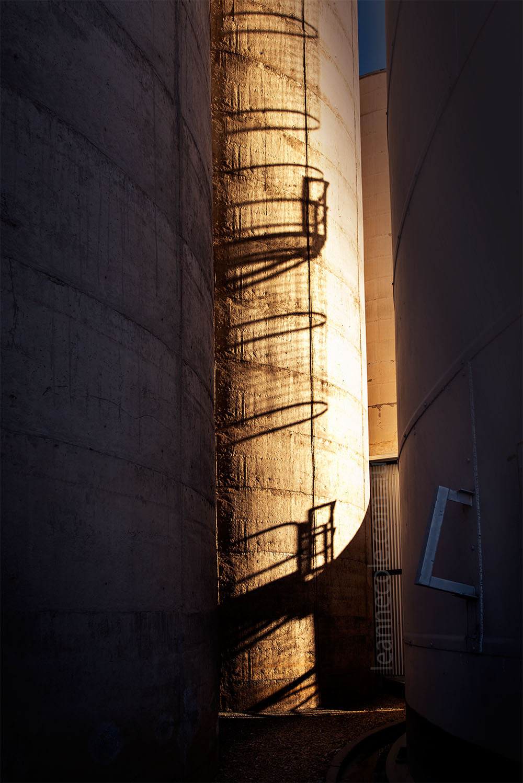 ladder-reflection-silos-charlton-victoria