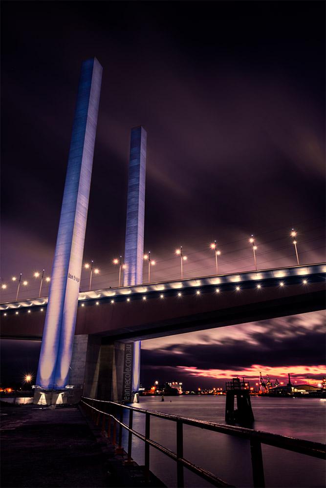 bolte-bridge-night-melbourne-yarrariver