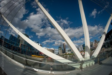 docklands-samyang-fisheye-bridges-night-0697