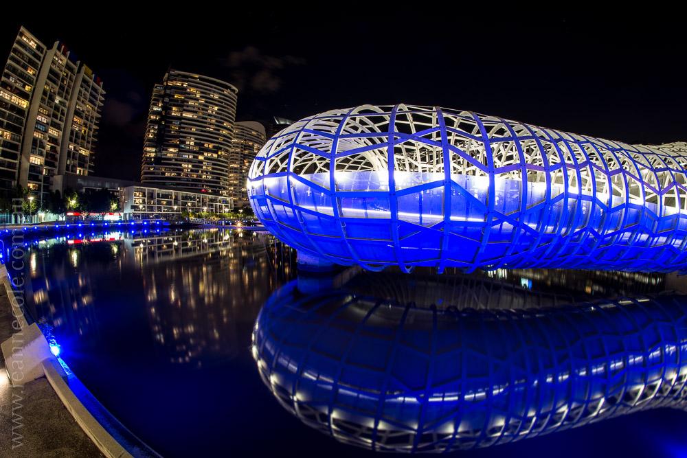 docklands-samyang-fisheye-bridges-night-1097