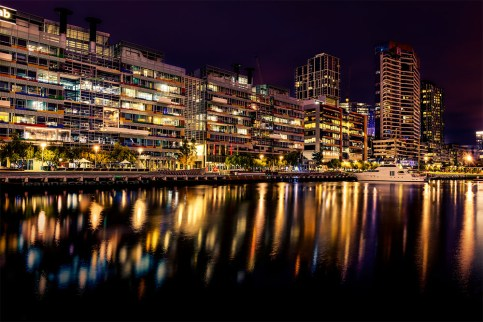 docklands-victoria-harbour-night-melbourne