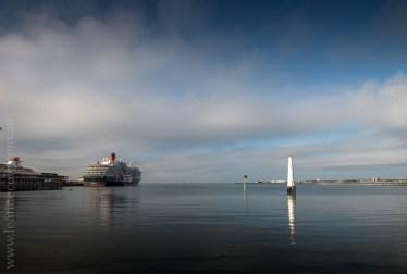 queen-victoria-docked-melbourne-8049
