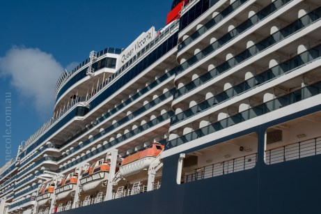 queen-victoria-docked-melbourne-8112