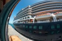 queen-victoria-docked-melbourne-8455