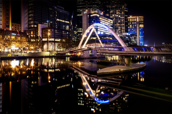 evanwalker-bridge-night-melbourne-yarra-river